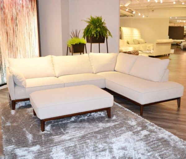 Sectional Sofas. Living Room Furniture Atlanta   Huge Warehouse Showroom   Horizon
