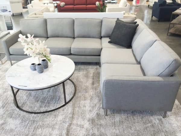 Veria sectional sofa