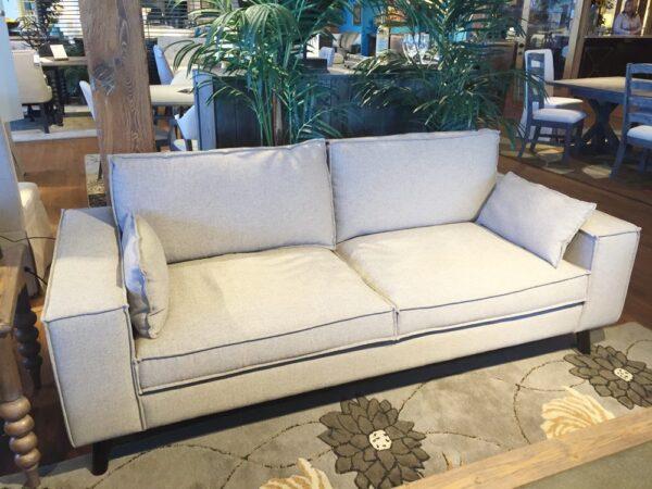 Zifta Sofa