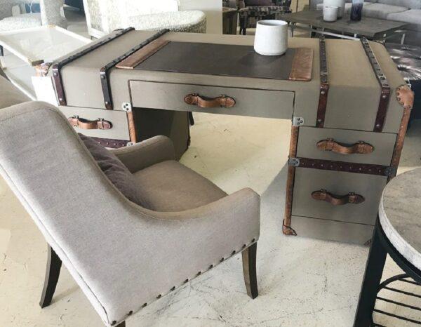 Lazzaro Desk