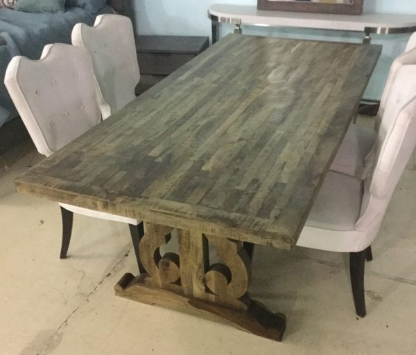Arsuk Dining Table